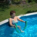 aquatherapie--1--renforcement-des-cuisses-et-des-fessiers